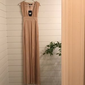 NEW MISSGUIDED CHAMPAGNE MAXI LENGTH DRESS